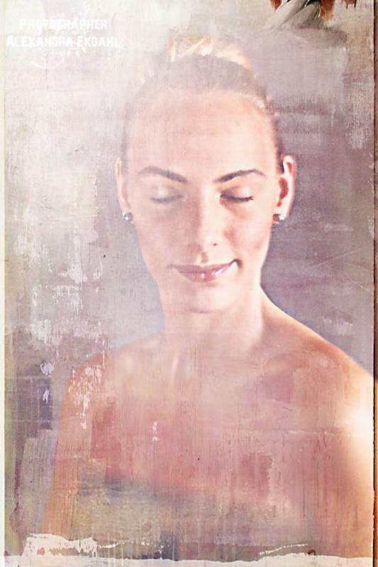 Photographer Alexandra Ekdahl Fotograf Stockholm Amelia Cazorla makeup SaraLo Serra Nilsson styling bröllop bröllops fotohtaf wedding art  9