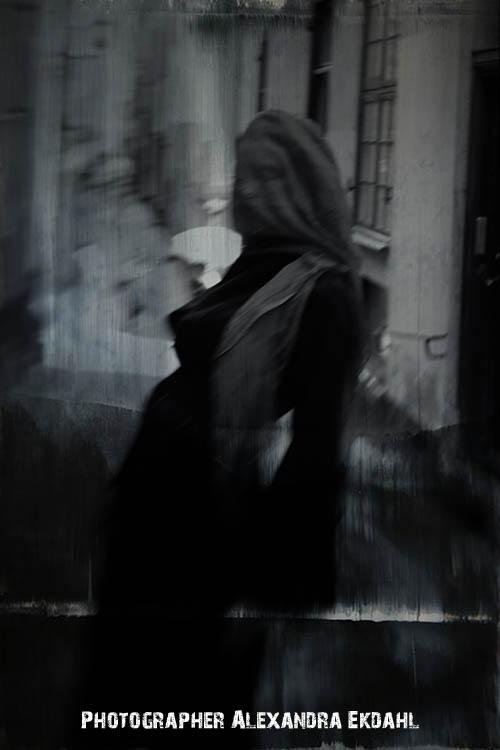 Photographer Alexandra Ekdahl Stockholm. Dress by Loni Model Maria 3