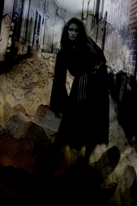 Photographer Alexandra Ekdahl Stockholm. Dress by Loni Model Maria horror photography art dark 2