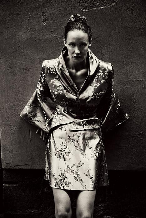 Photographer Alexandra Ekdahl Stockholm. Dress by Loni Model Maria horror photography art dark 5